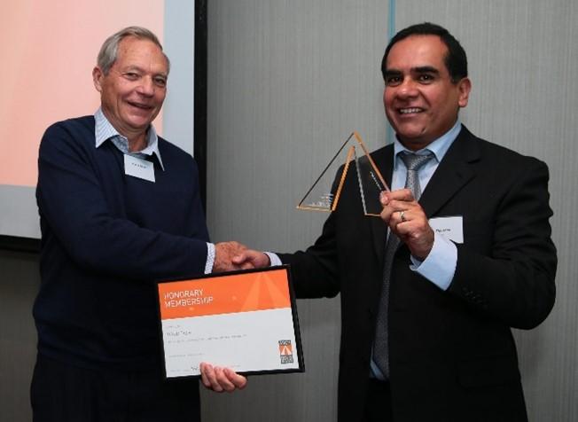 David Dash (left) receiving Honorary ASCP Membership from President John Figueroa, August 2014